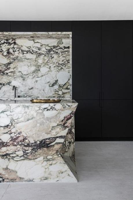 Bold Marble Trend, Statement stone, interior design trends, marble backsplash
