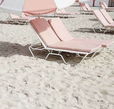 pink beach chairs, pink summer