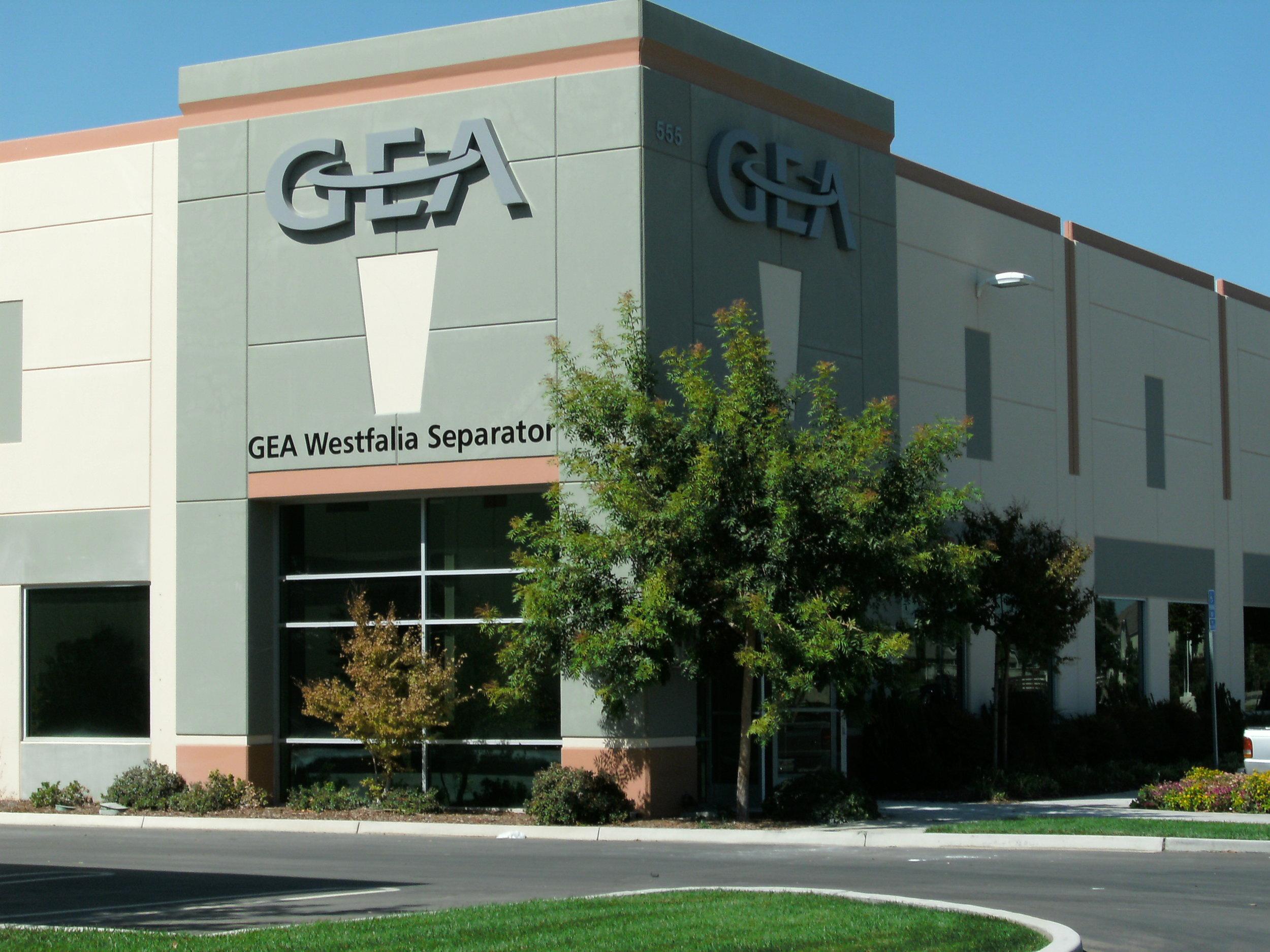 Westfalia building signage 001.jpg
