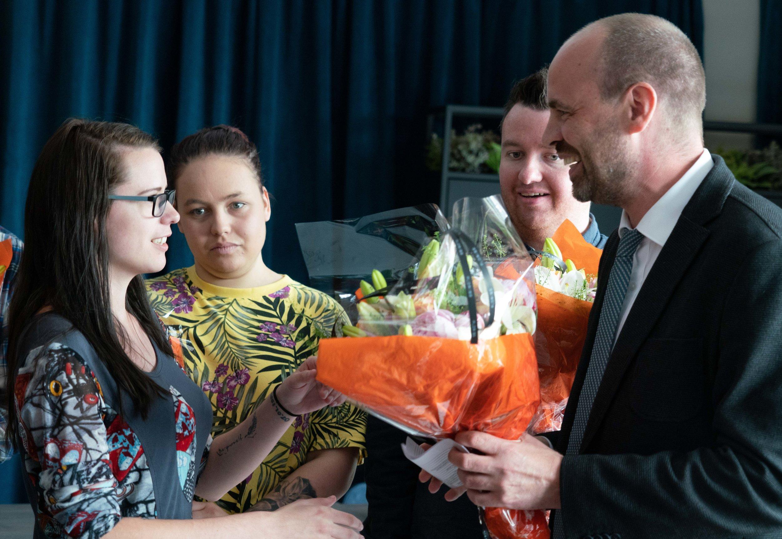 Fra venstre: Sonja Nathalie Aas Johansen, Tiril Alnæs Kvam, Robert Norli Hamnes og Arild Grande (A).