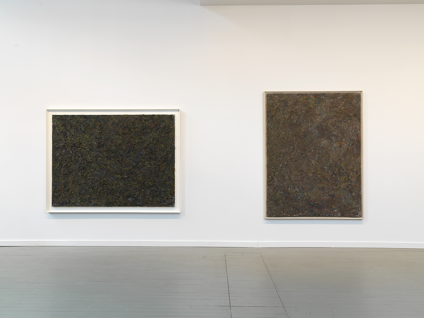 Left: Untitled, 1983 Oil on canvas 60 x 80 inches  Right: Straws, 1981 Oil on canvas 80 x 60 inches