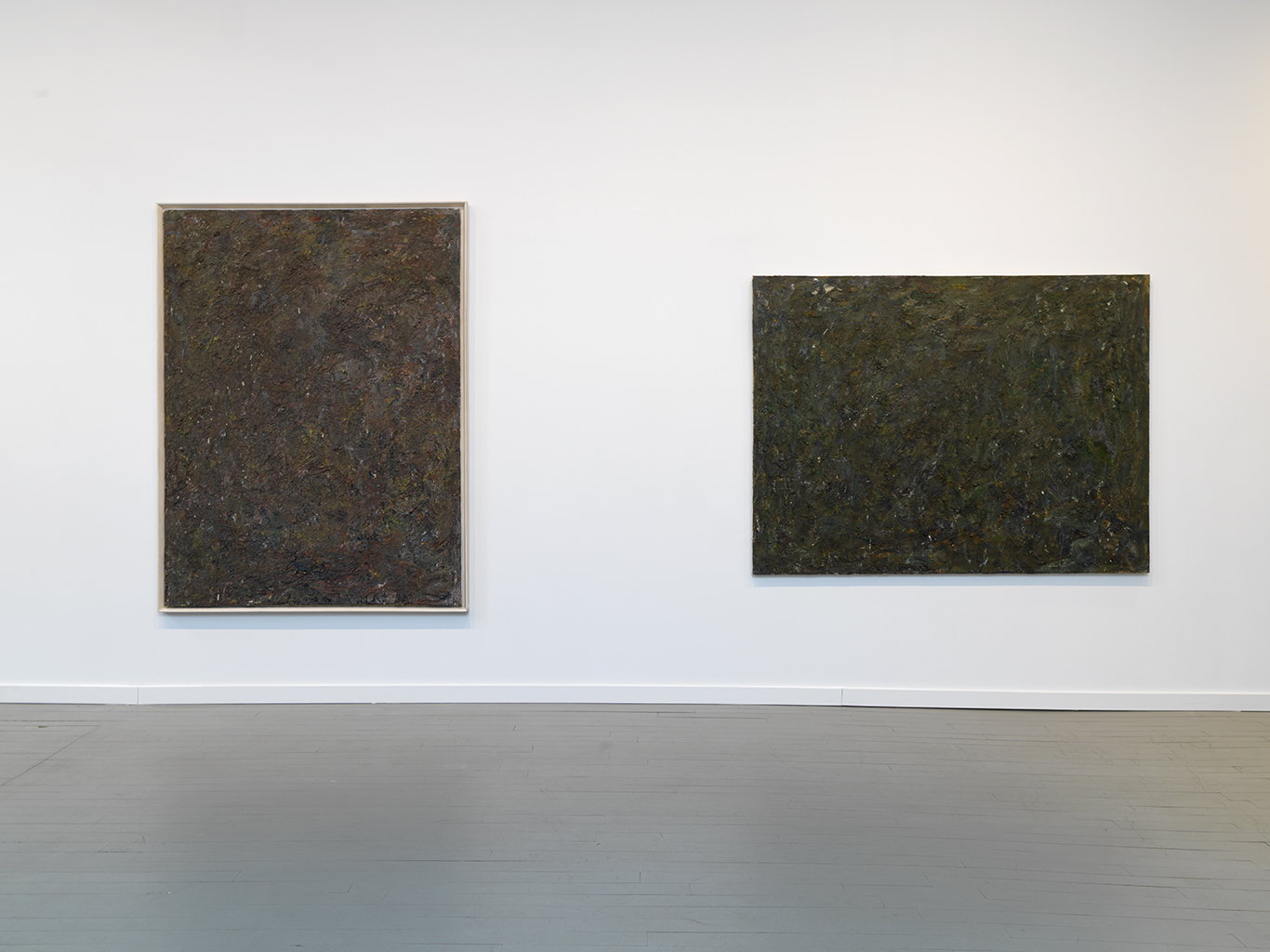 Left: Straws, 1981 Oil on canvas 80 x 60 inches  Right: Burned O, 1983 Oil on canvas 60 x 80 inches