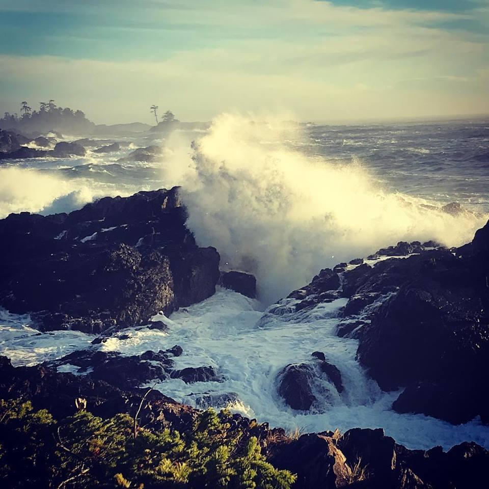 storm waves.jpg