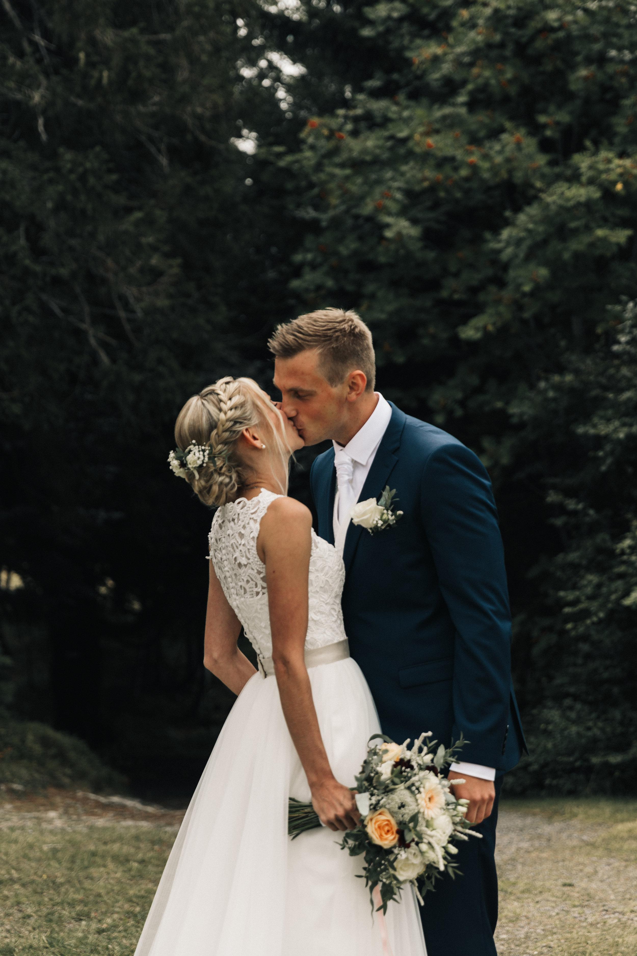 155-ltw-eva-kris-wedding.jpg