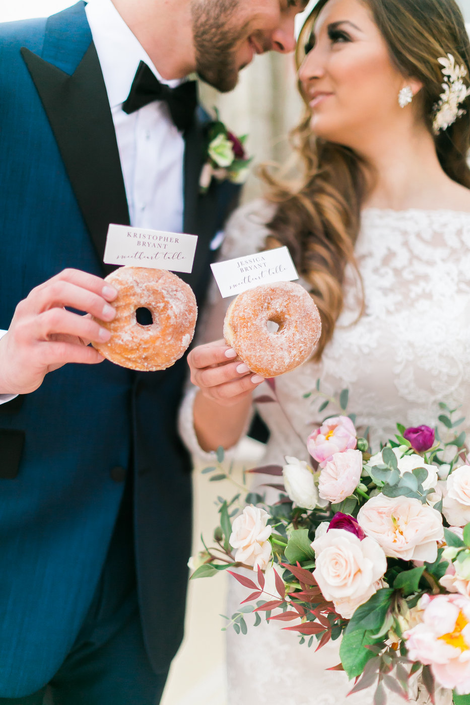 wedding place cards donuts las vegas wedding planner .jpg