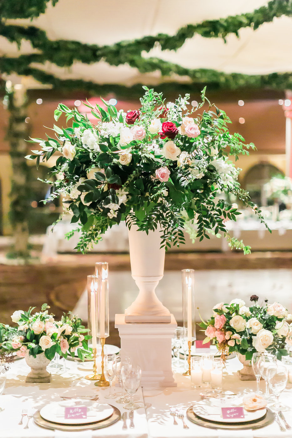 wedding reception centerpieces las vegas wedding planner angelica rose events.jpg