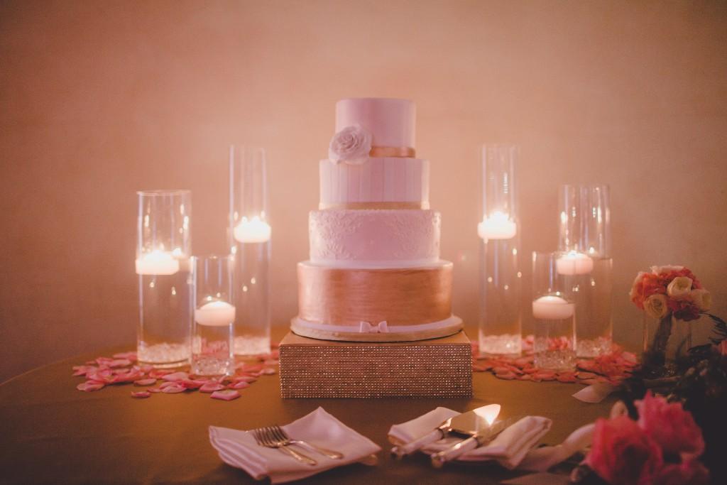 blush-pink-wedding-cake