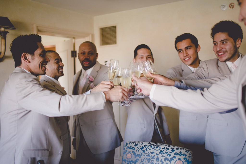 groomsmen-getting-ready