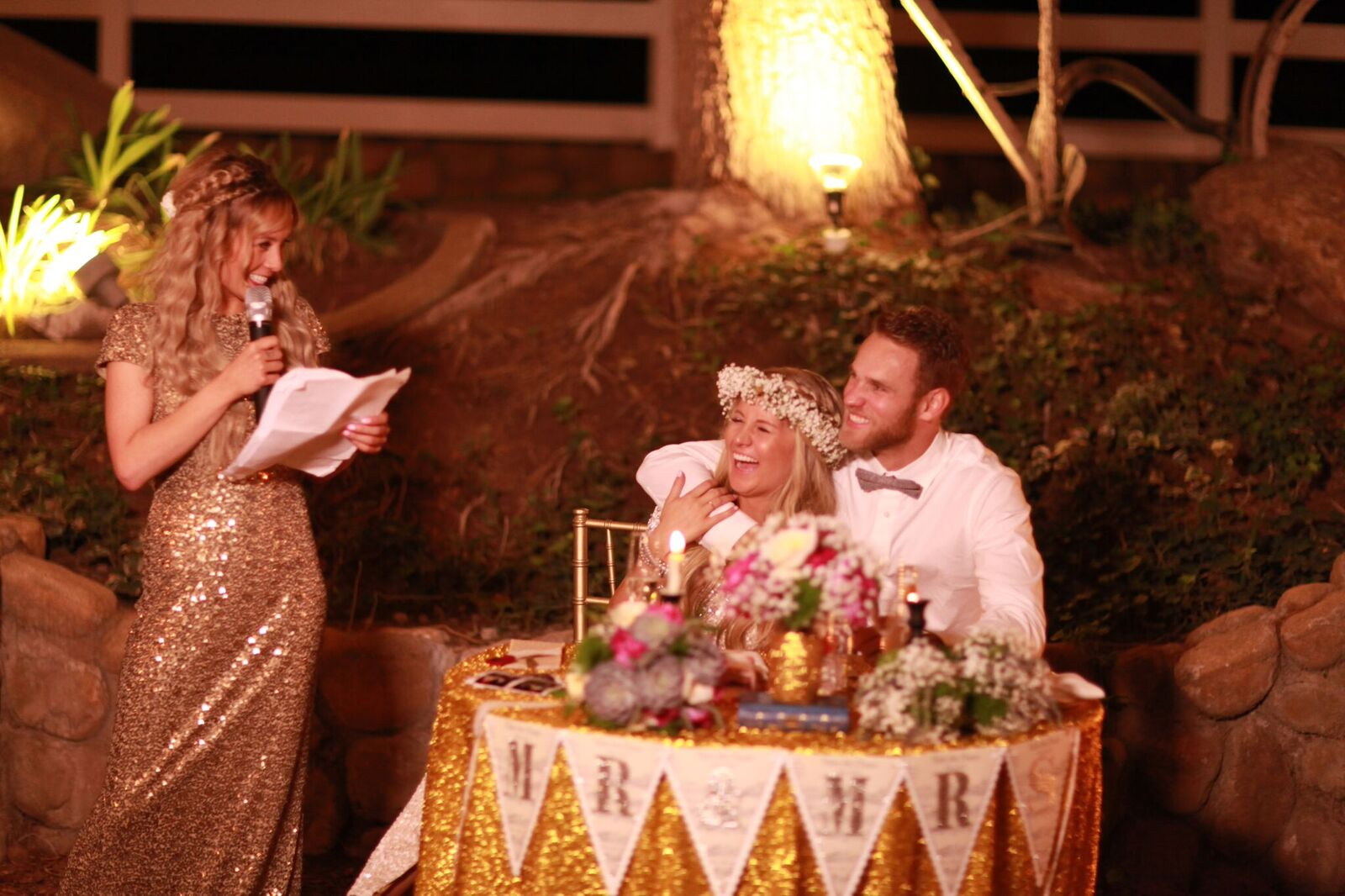 maid of honor giving toast to bride and groom at a wedding. las vegas wedding planner.