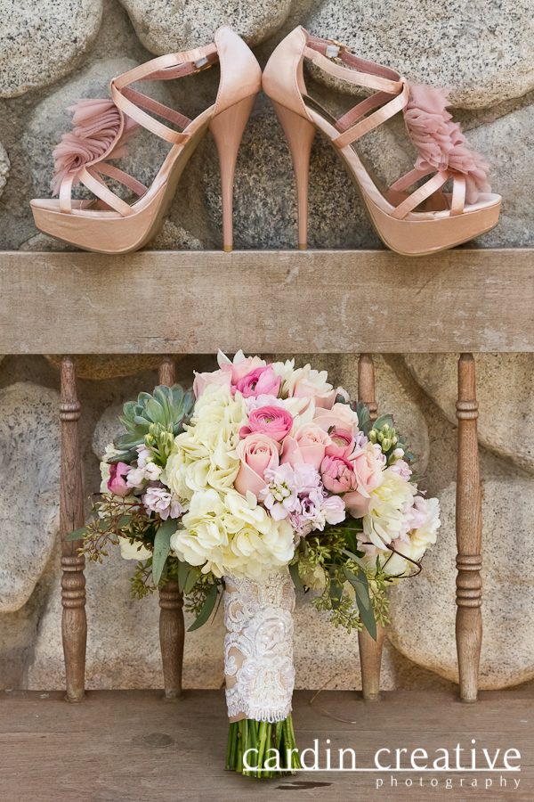 legends-ranch-styled-shoot-blush-pink-bridal-bouquet