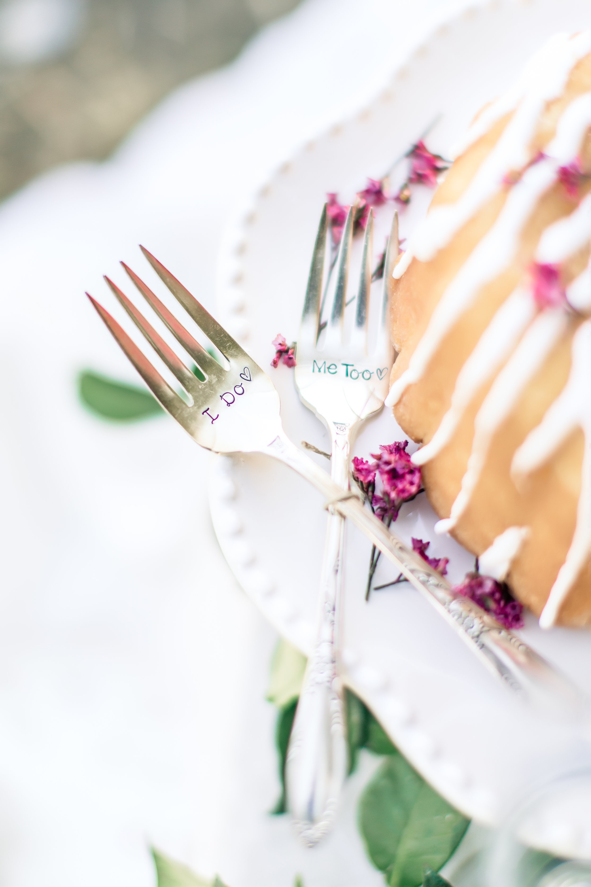 cake, personalized cake forks, las vegas wedding planner, wedding, green orchid events