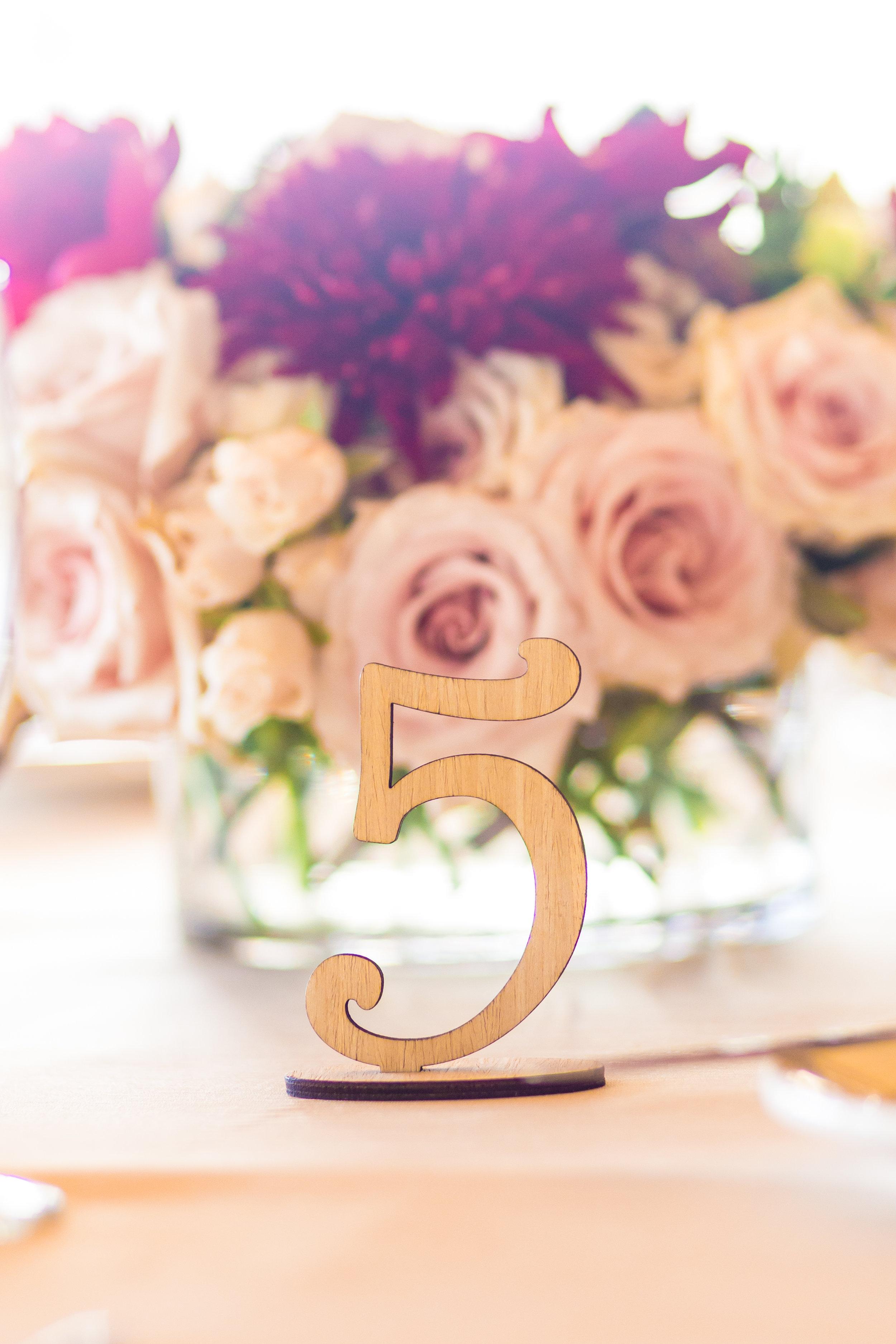 wedding centerpiece, layers of lovely, las vegas wedding florist. roses,
