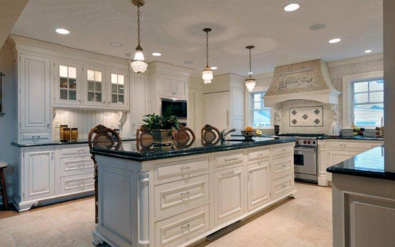 Contemporary style kitchen with long kitchen island