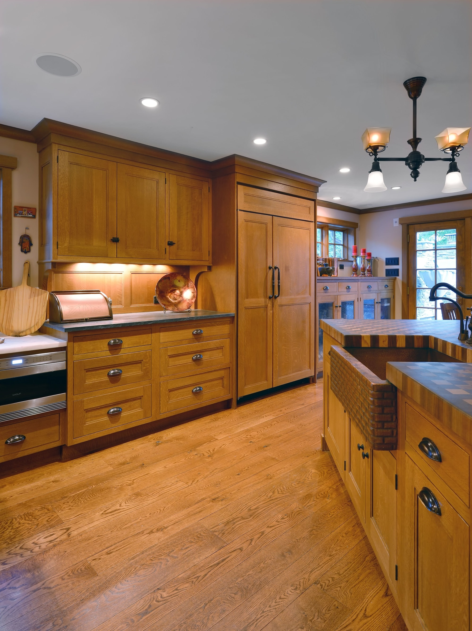 Arts And Crafts Style Fun Kitchen Ideas In Long Island Showcase Kitchens Long Island Custom Kitchen Remodeling