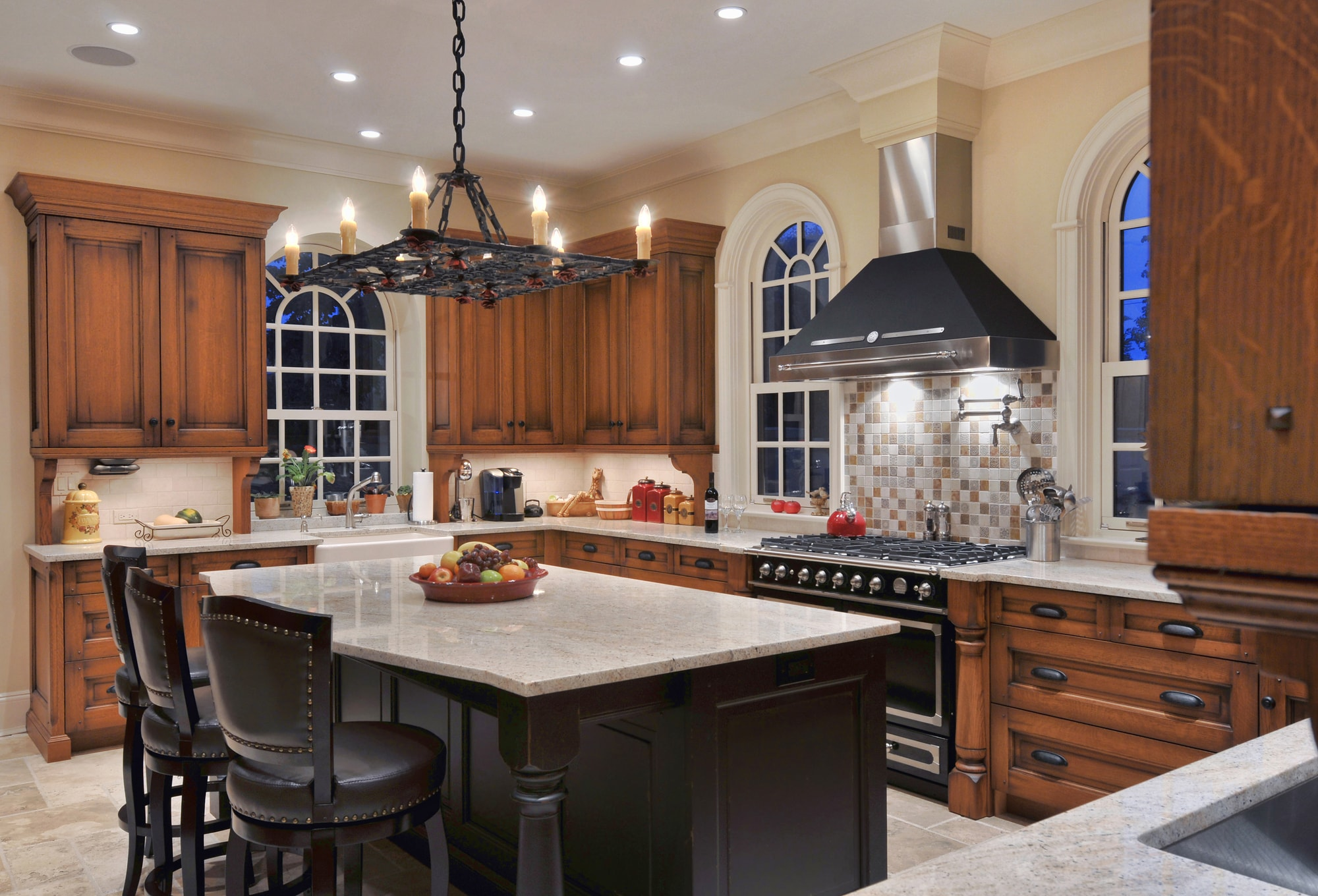 Traditional style kitchen with island in the center