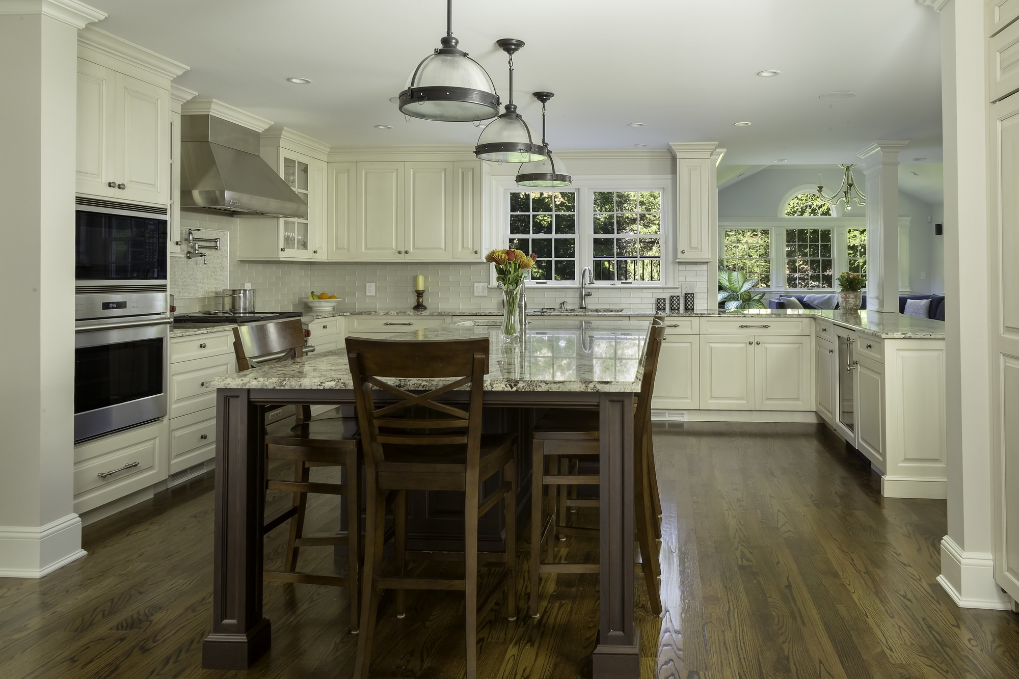 Traditional style kitchen with spacious wood floors