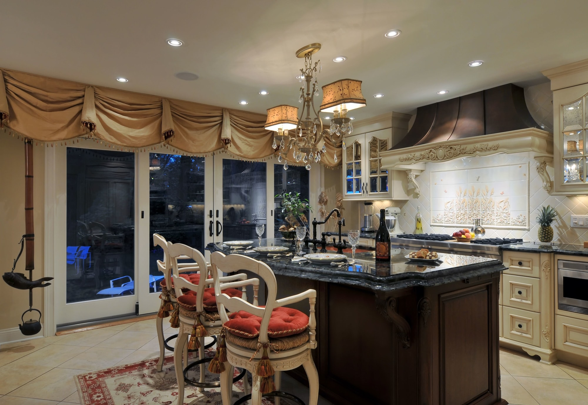 Traditional style kitchen with sliding glass door