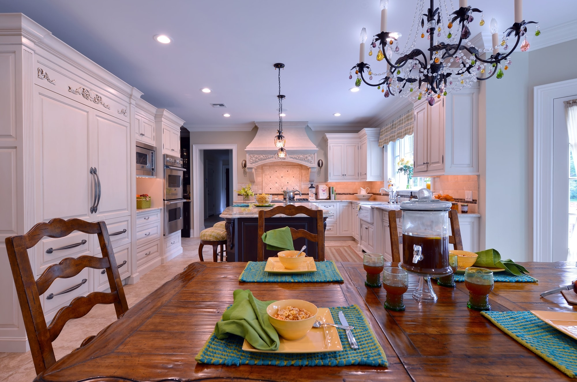 Traditional style kitchen with center island and a breakfast table