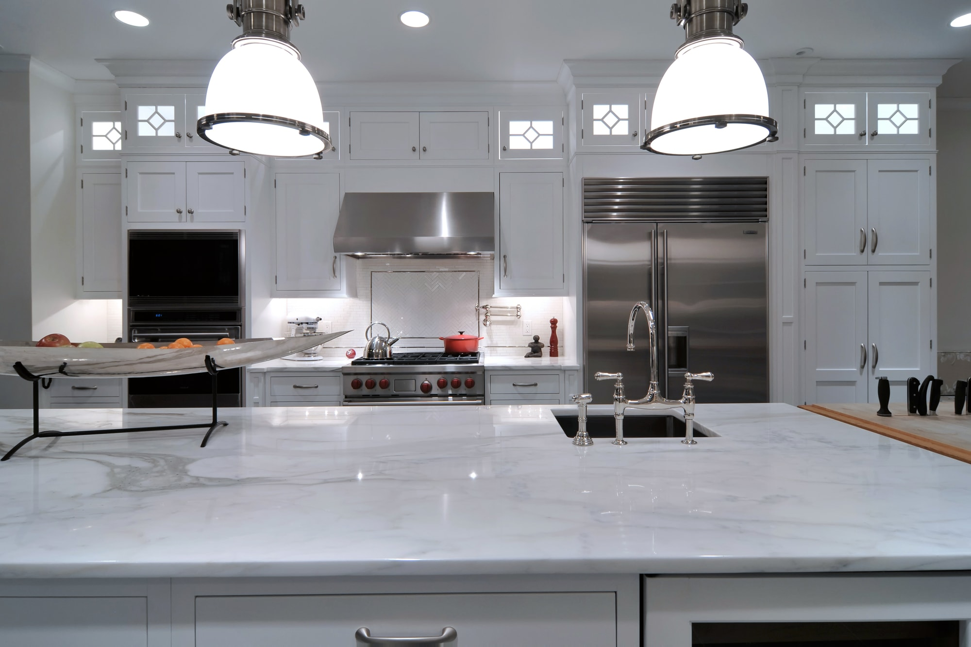 Traditional style kitchen with marble countertop