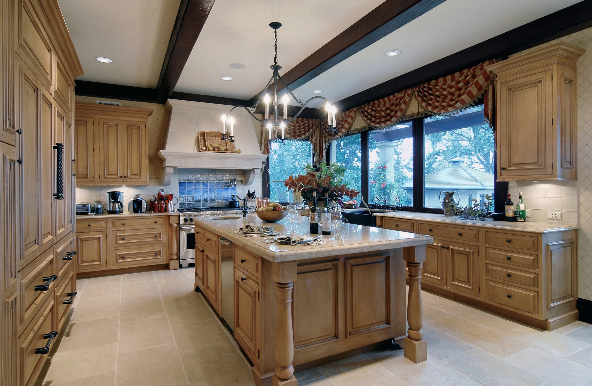 Traditional style kitchen with spacious floor and wooden cabinets