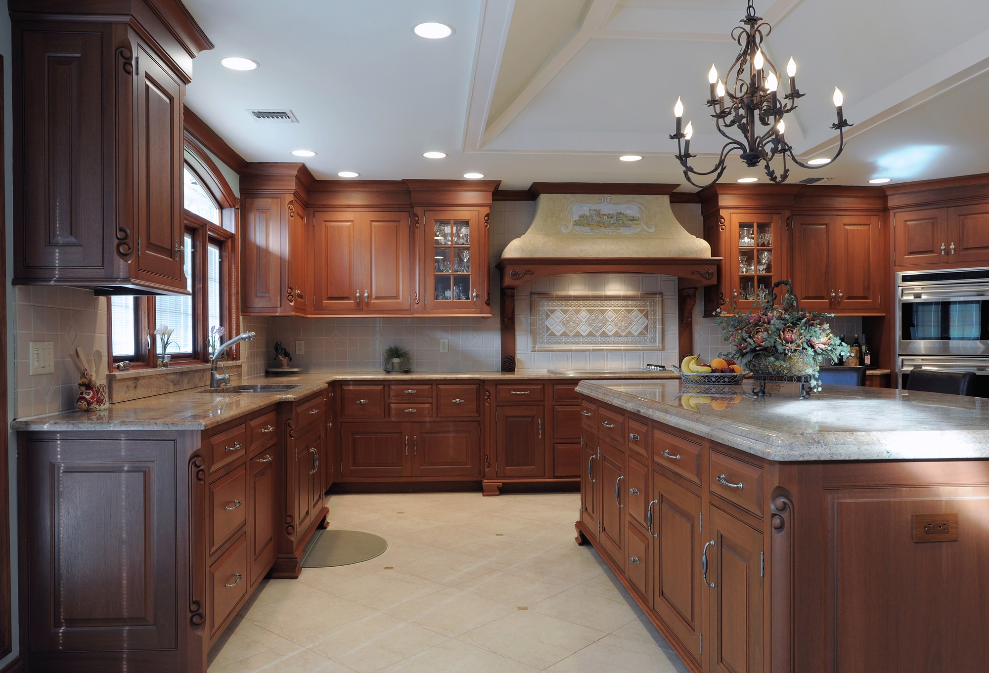 Traditional style kitchen with granite counter top