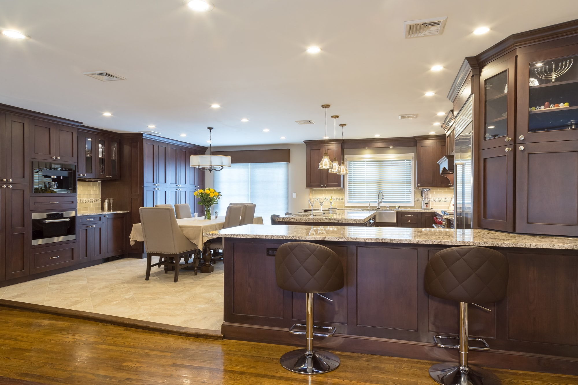 Traditional style kitchen with elevated kitchen floor