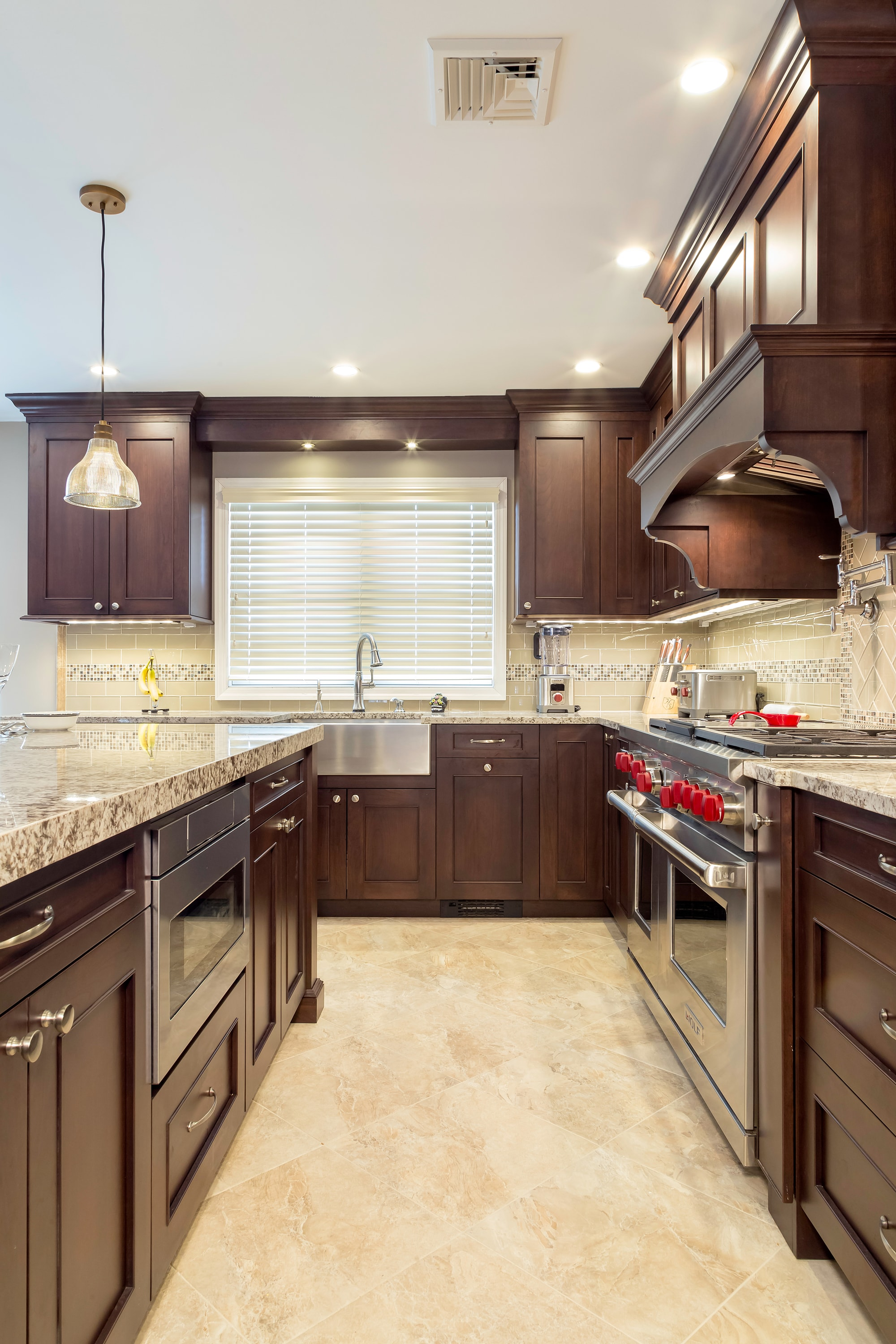 Traditional style kitchen with wooden drawer and cabinets