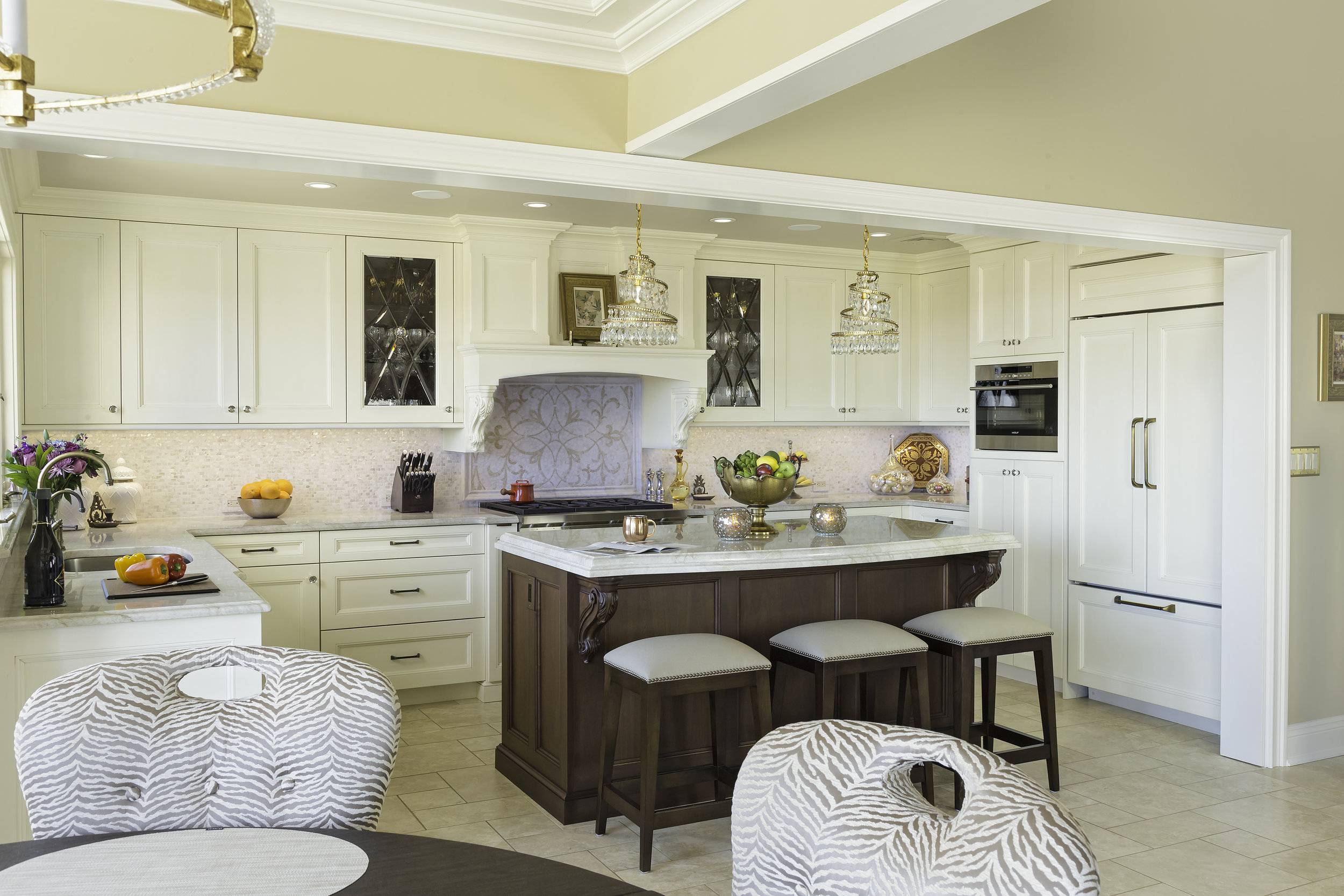 traditional kitchen with gold finishes