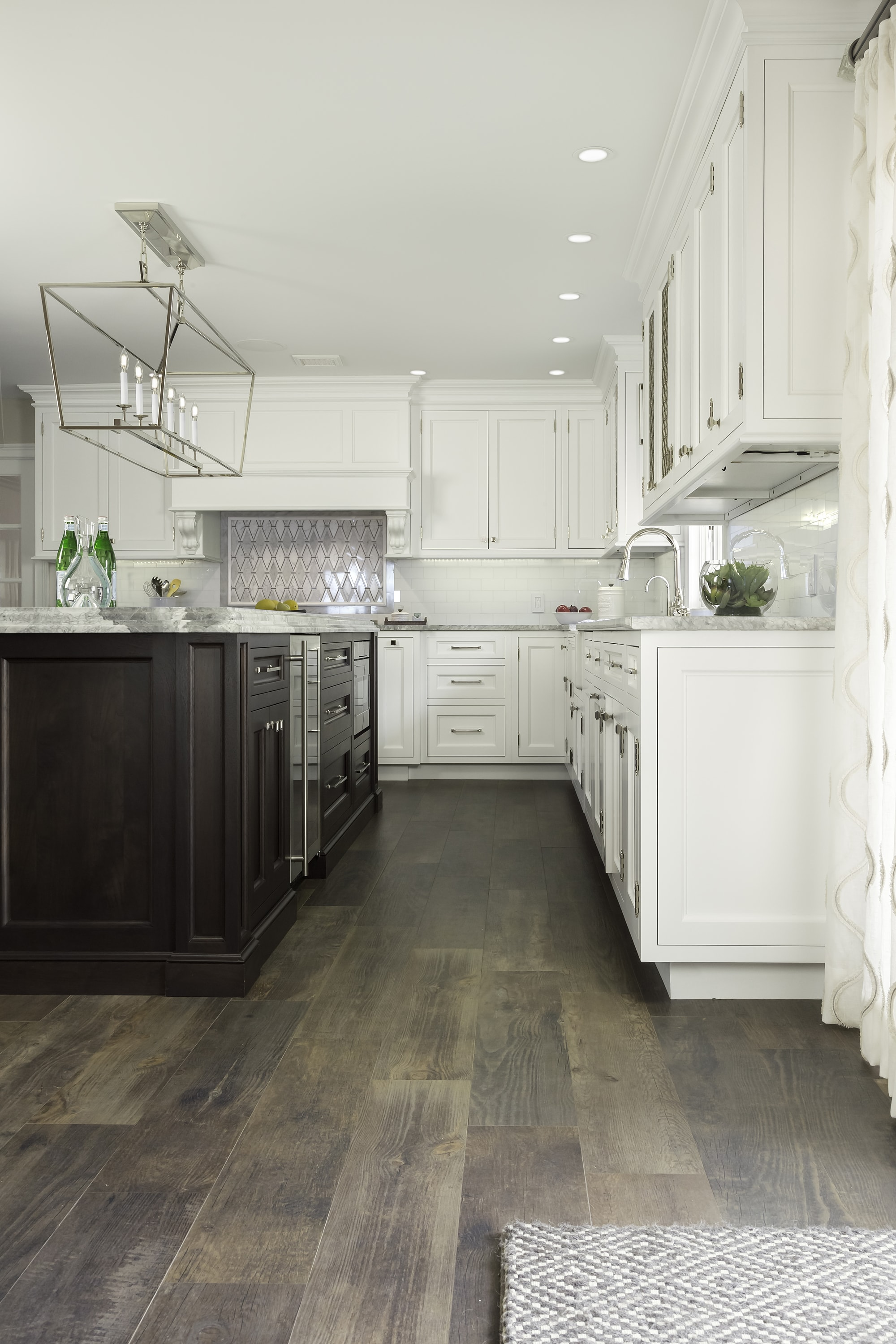 Transitional style kitchen with bright light setting