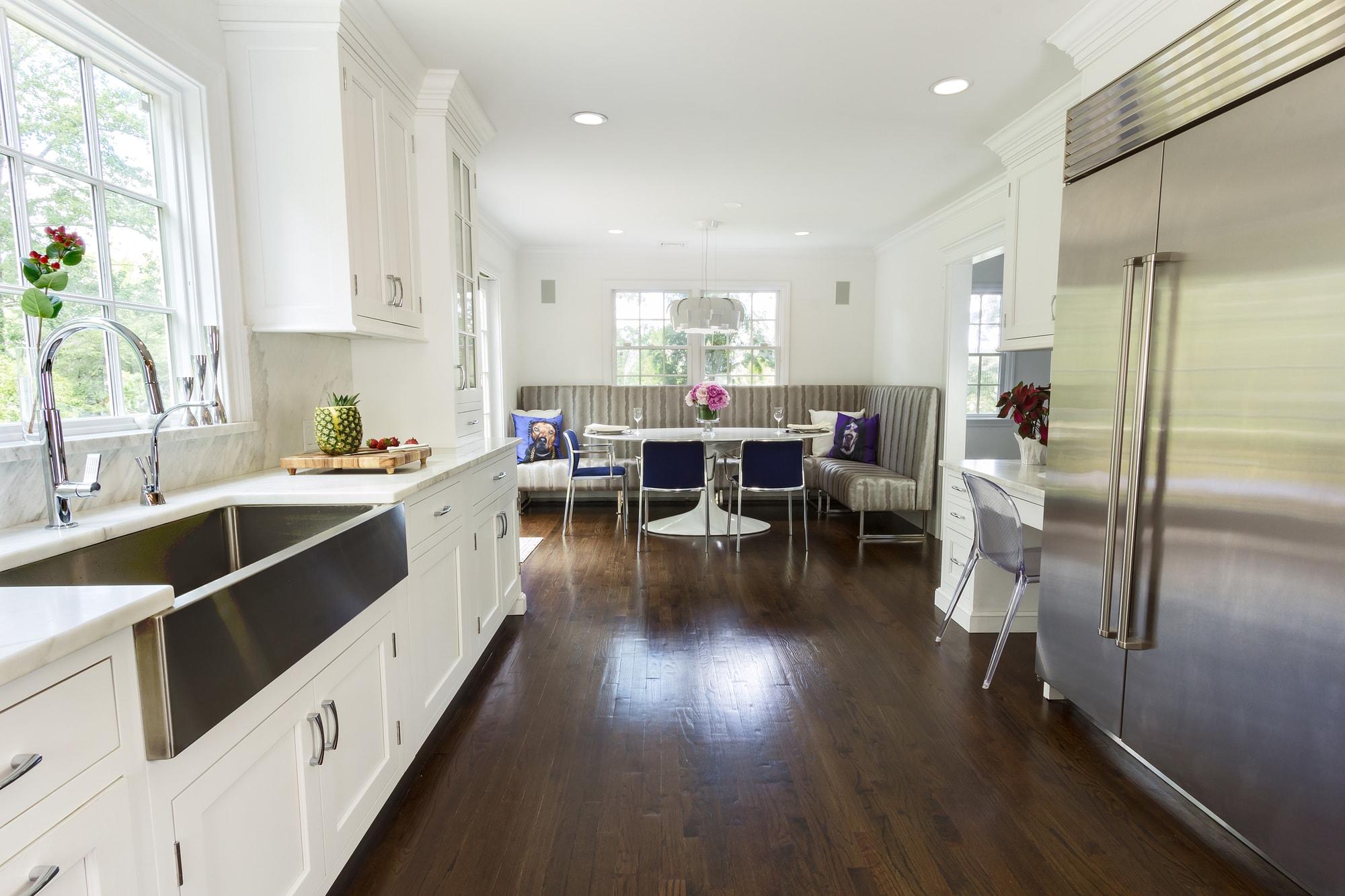 Transitional style kitchen with hardwood floor