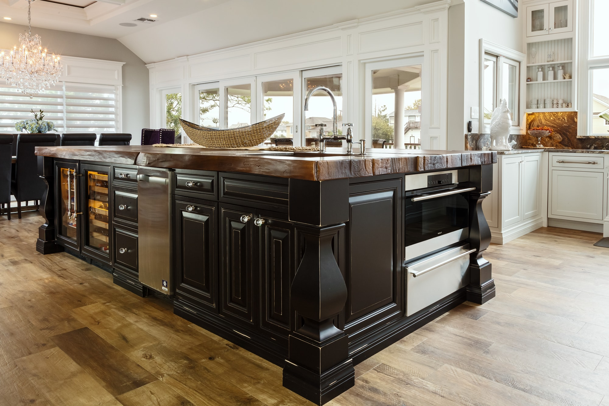 Traditional style kitchen with custom built cabinets and drawers