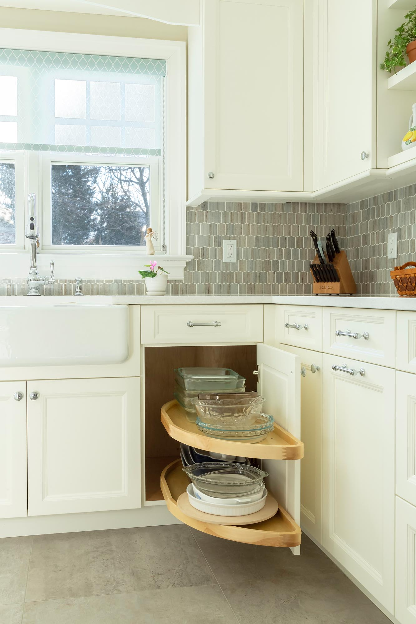 Lazy Susan pull out shelves