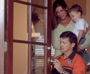 home locksmith services - get new home key with Pop-A-Lock Big Island