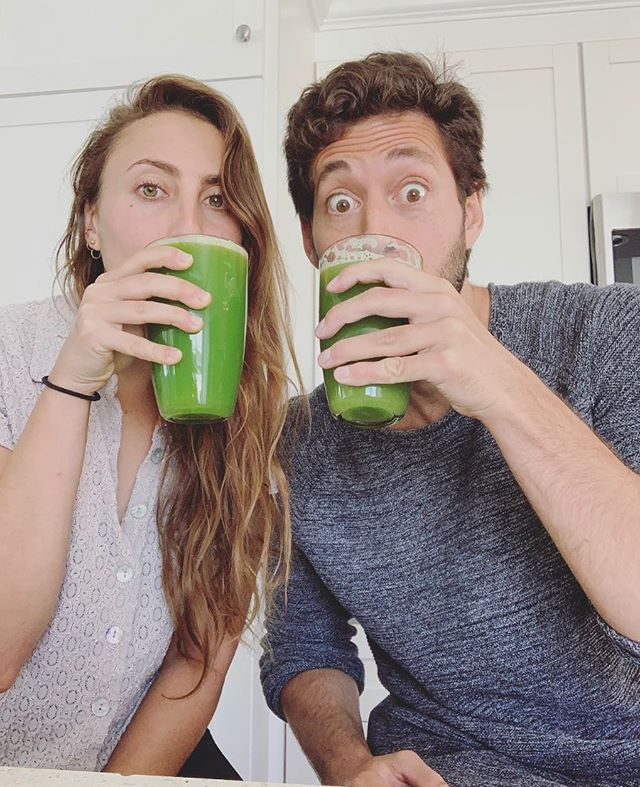 [celery juicin']⁣ 🌱 ⁣ i've seldom been a follower of big popular trends, but sometimes seemingly unreasonable ideas resonate, and rather than ignoring that and thinking we're above it, @jordankravitz and i are leaning in. ⁣ ⁣ i know people have been sippin' the celery for months or even years now, but it never spoke to me until recently. so, i'm giving it a shot because it feels fantastic, tastes delish (unpopular opinion) and is totally benign (we hope). the reports are staggering and this lady's self-experimentation game never ends. so lezzall pray for a celery miracle. ⁣ ⁣ what's the deal?: the idea here is that the sodium cluster salts in celery juice have the ability to break down and flush out unfriendly bacteria and pathogens that contribute to inflammation, and therefore, dis-ease. it can restore levels of hydrochloric acid and cause an increase in bile production to improve digestion. the raconteur of the celery juice movement, anthony william, aka the medical medium, receives his medical knowledge from spirit. yes, really. so yeah, took a minute for me to get on board with that. but i'm strangely supportive of communicating with spirit for *some* of my nutritional needs. oh how times have changed. ⁣✨ ⁣ how to do it: get a juicer. get a large bunch of celery. wash and chop the celery into large pieces. run all that juicy celery through the juicer. make sure you get to 16oz. drink it on an empty stomach first thing in the morning. only drink water before if you need. enjoy! then talk to spirit and experience pure bliss (optional). ⁣ ⁣ anyway, who's aboard this bandwagon? how do you feel? do let me know!