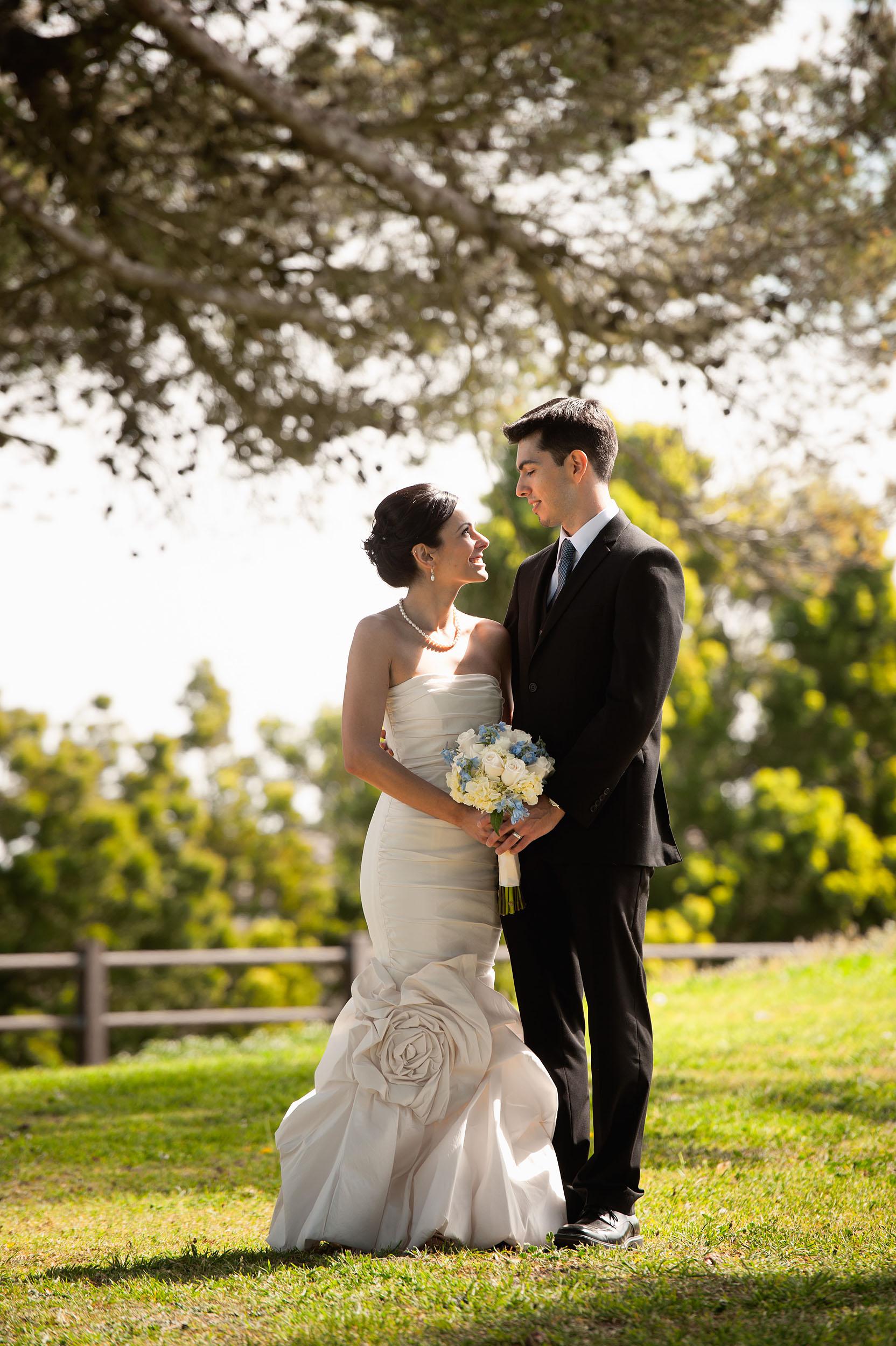 Bride and groom at Del Cerro Park in Rancho Palos Verdes.