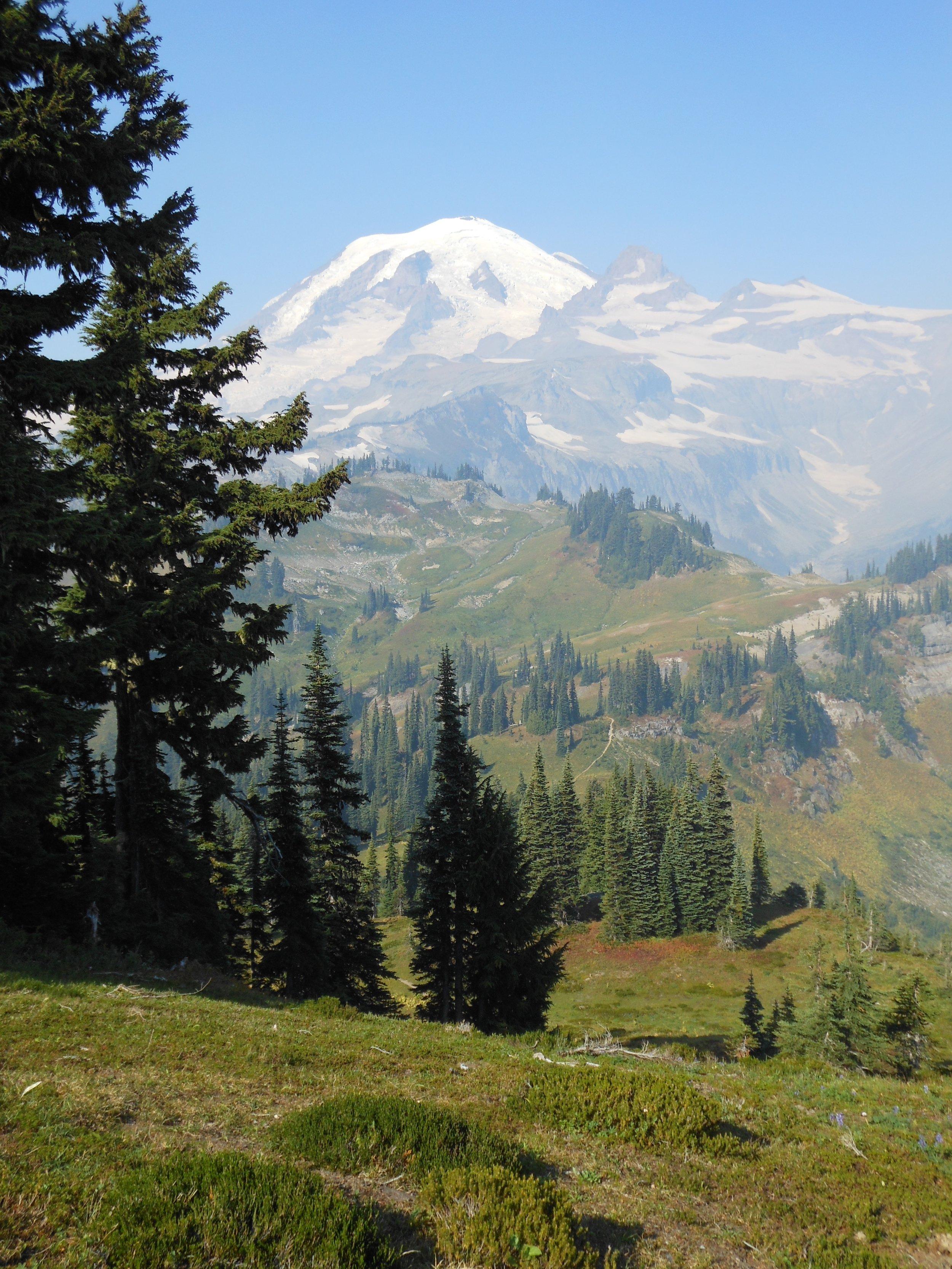 The Wonderland Trail around Mount Rainier