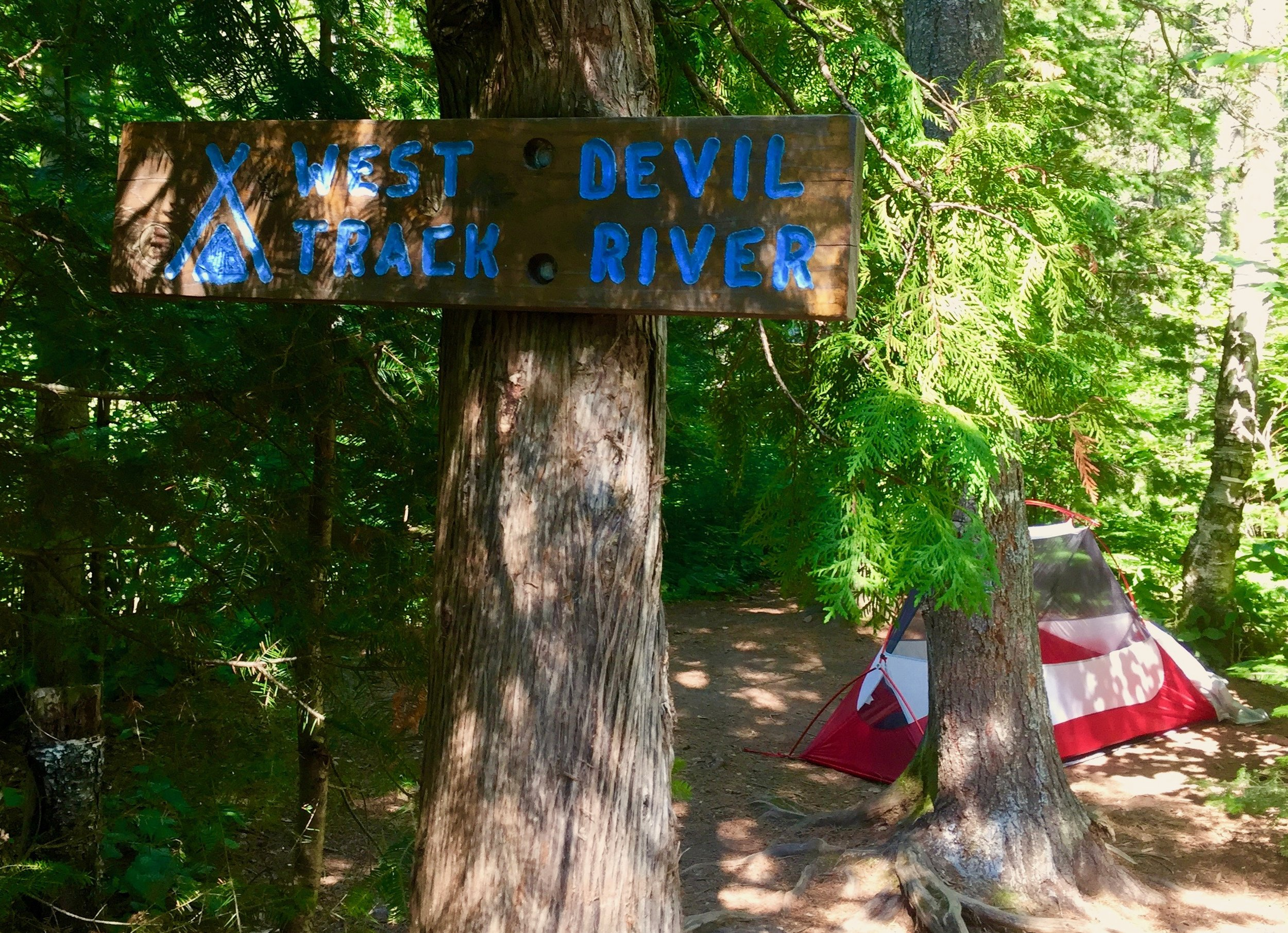 Popular W Devil Track River - Gorgeous weather meant no rainfly over our tents and millions of stars above.