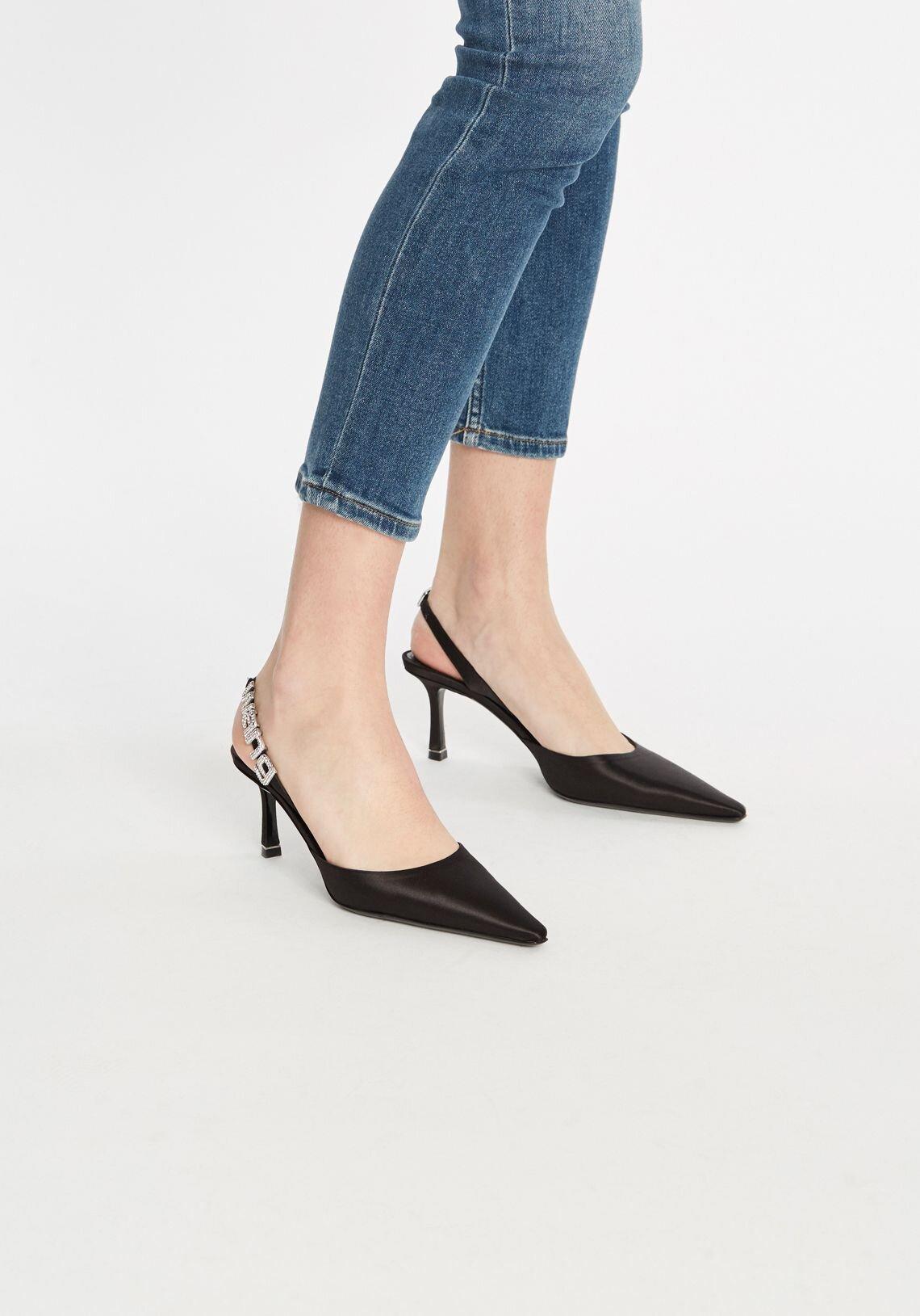 grace-satin-heel-black-alexander-wang--tuchuzy1.jpg