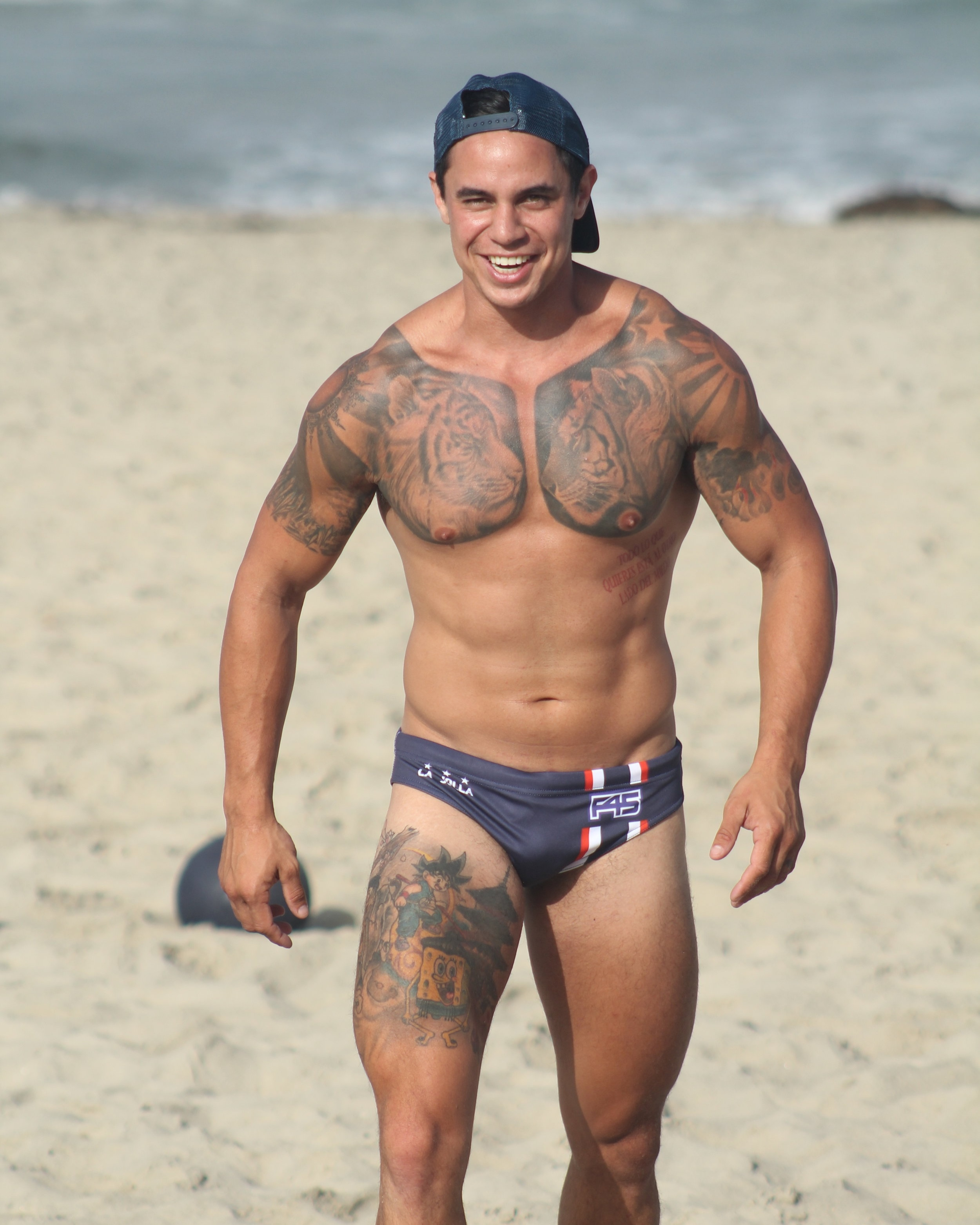 """""""Planned a beach workout with my mate's company. Signed up 10 new members because I got the rig out."""" - JD -"""