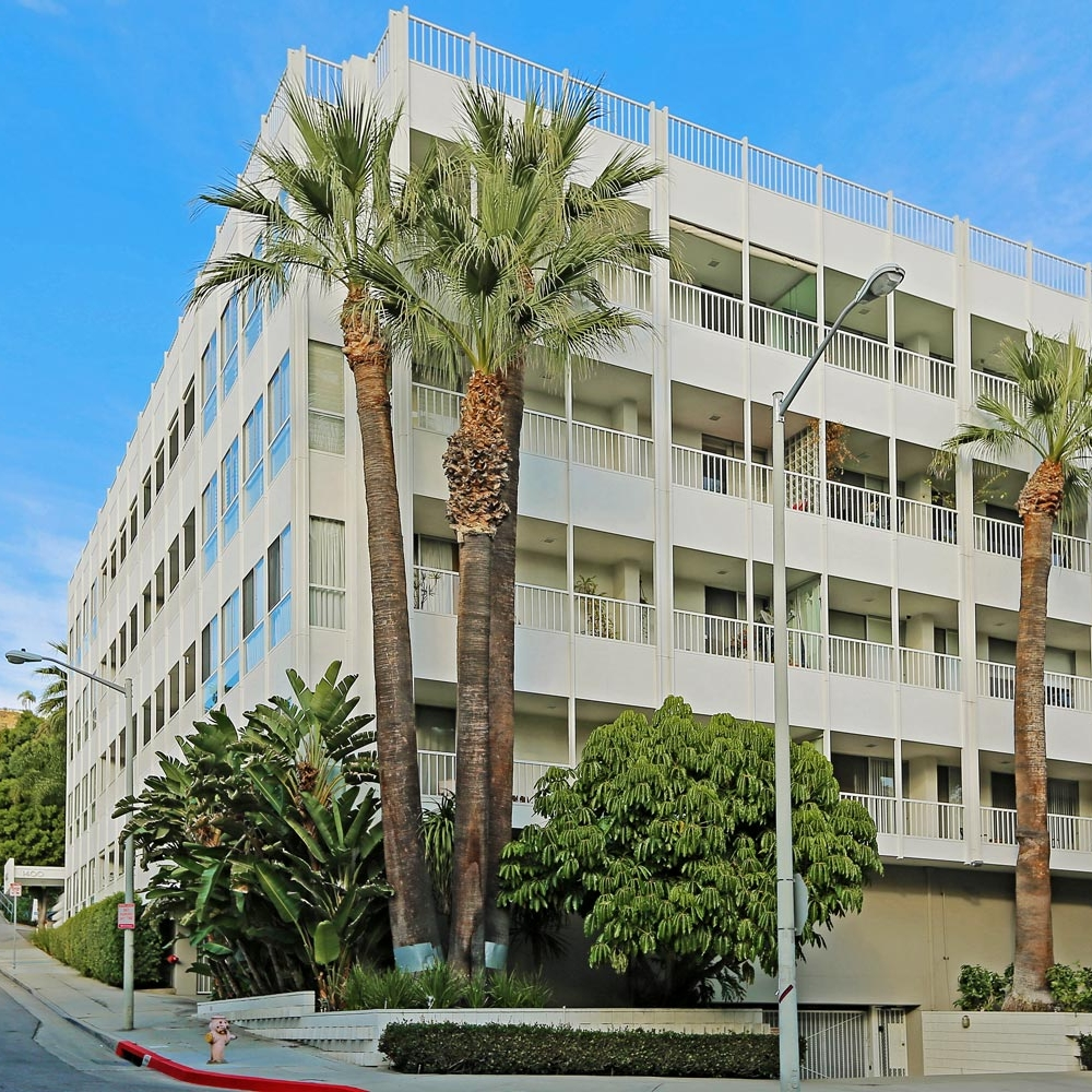1400 Sweetzer 402 - West Hollywood, 3 bedrooms + 2 bathrooms$1,299,000