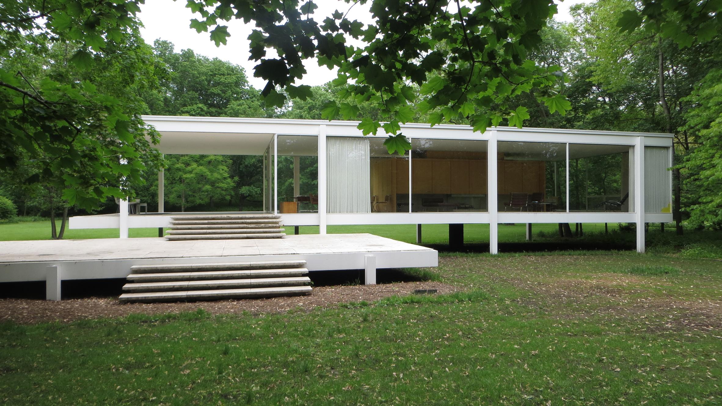 farnsworth-house-movie-news-architecture-mies-van-der-rohe_credit-flickr-user-david-wilson_dezeen_hero.jpg
