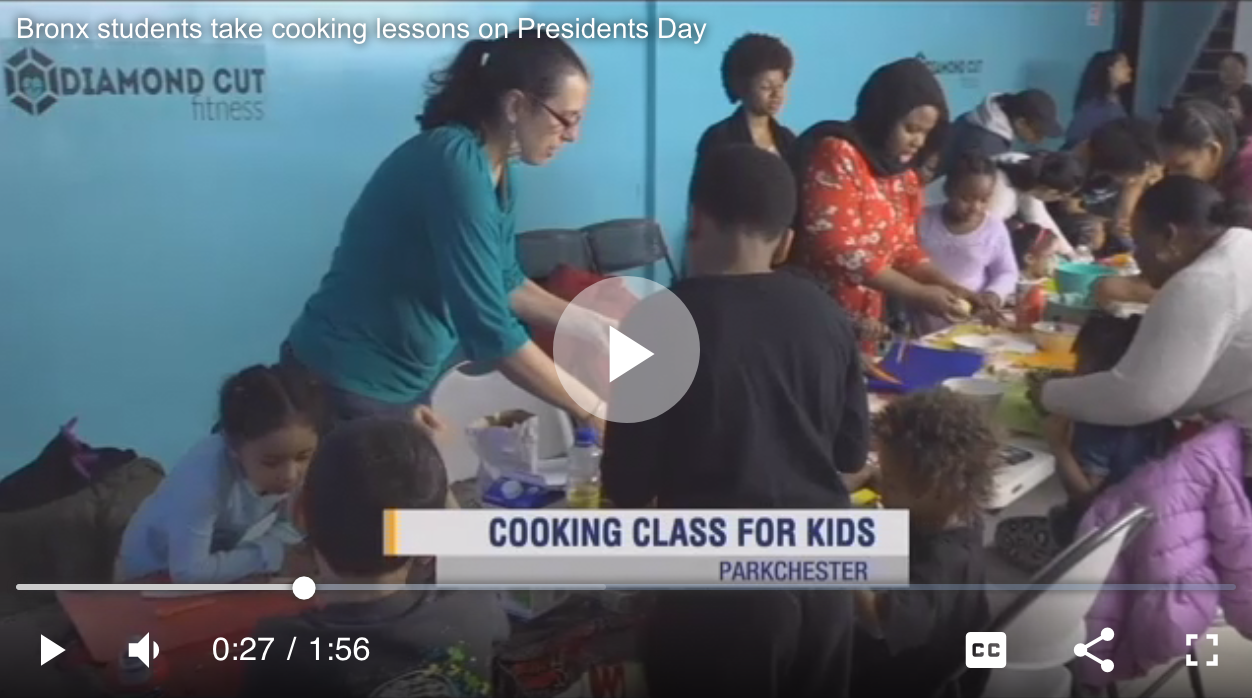 news12 bronx students take cooking lessons on Presidents Day.png