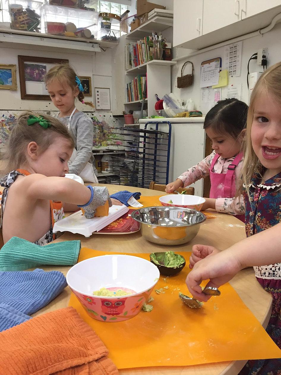 5 Most Popular Kid-Safe Cooking Tools3.jpg