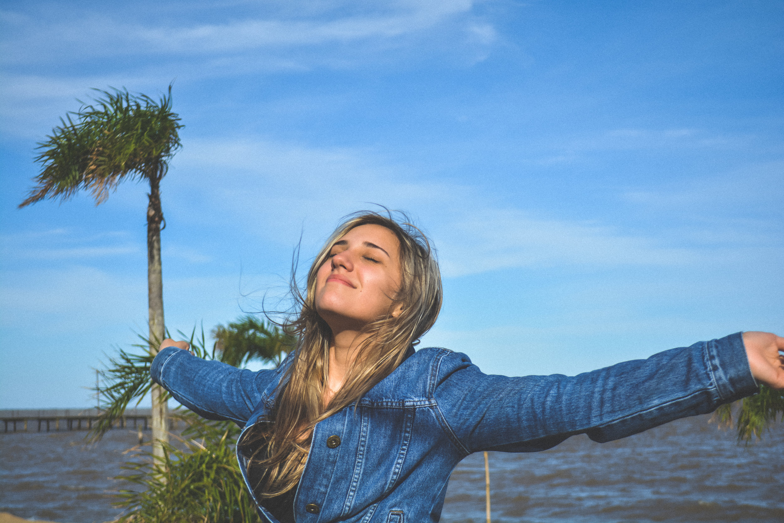Do you know someone who seems optimistic and upbeat most of the time? Chances are that they are resilient. Staying optimistic during dark periods can be difficult, but maintaining a hopeful outlook is an important part of resiliency.
