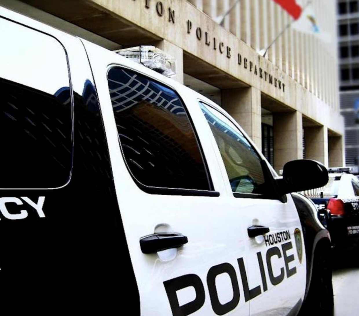 Houston Police Department - • General non-emergencies - 713-884-3131• Central Division Patrol Station - 713-247-4400• Robbery -713-308-0700• Hit &Run - 713-247-4072• Burglary &Theft - 713-869-7722• Burglary Motor Vehicle or Auto Theft - 713-755-5200• Crime Stoppers (Incident Info. & Tips) - 713-222-8477• Missing Persons (Adults) - 832-394-1840Click here to access Houston's Police Department Website