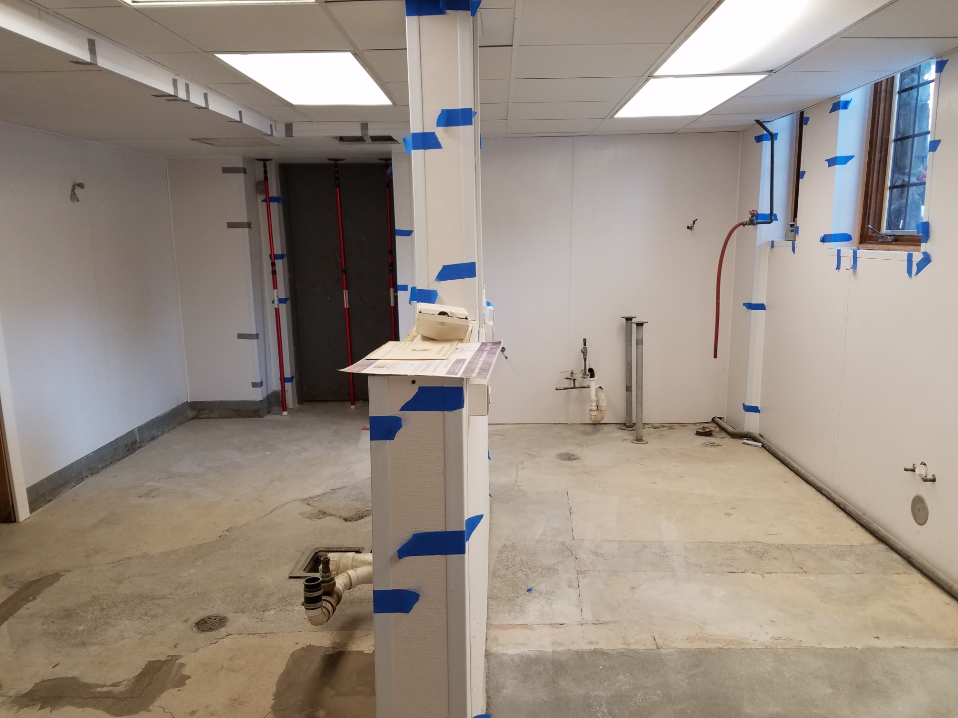 2017-2018_Kitchen_Renovation_1920_20171231_152937_during_construction.jpg