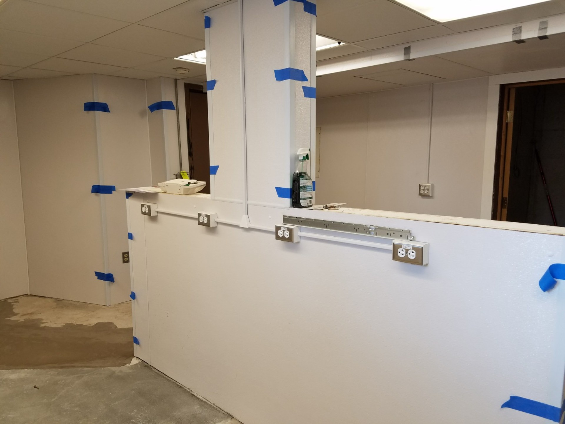 2017-2018_Kitchen_Renovation_1920_20171231_152954_during_construction.jpg