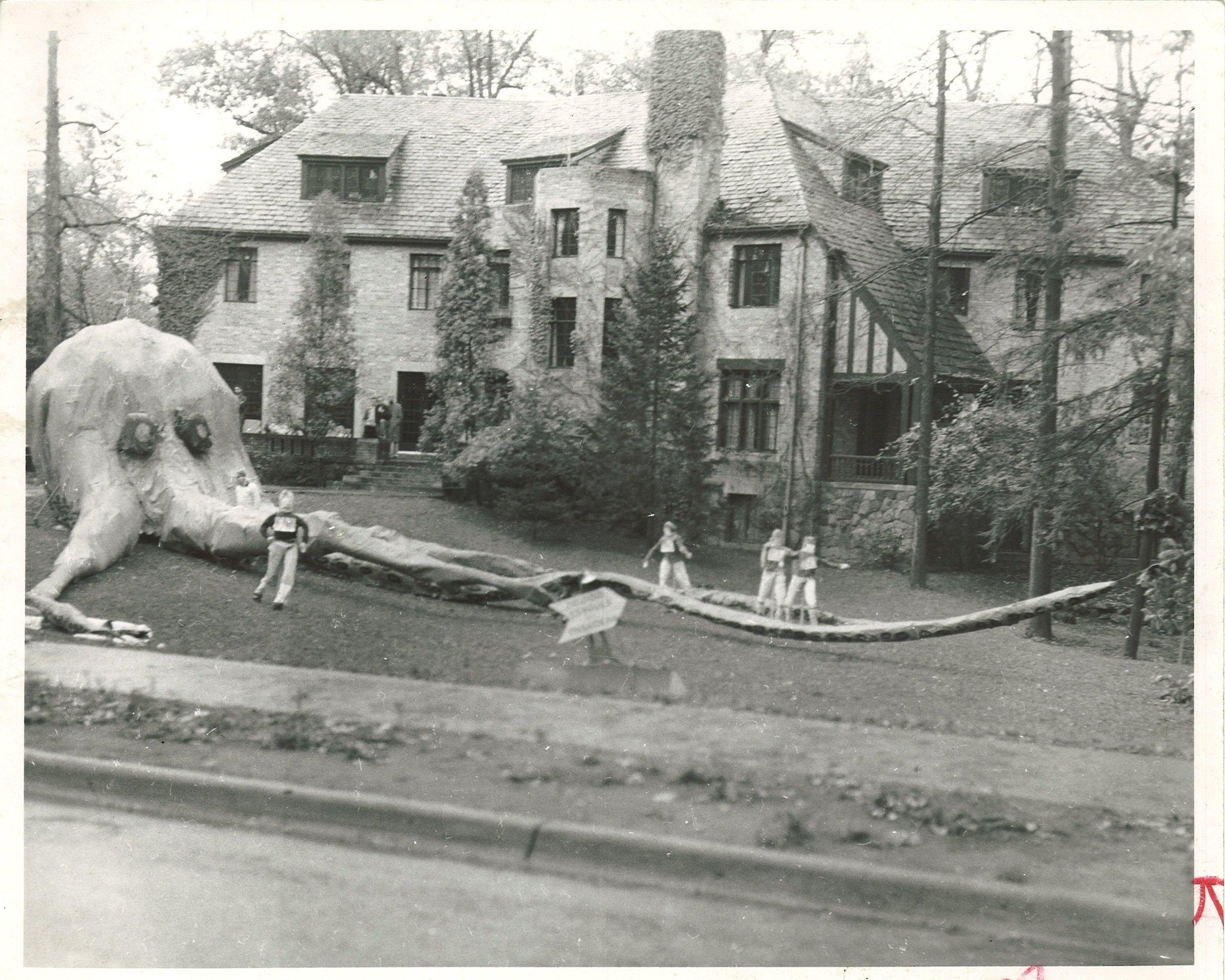 UM_Homecoming_1950s-enh.jpg