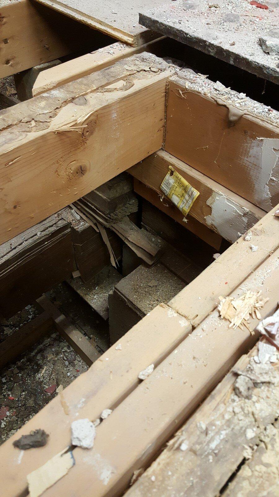 2019 First Floor Bathroom Renovation 20181217_162045.jpg