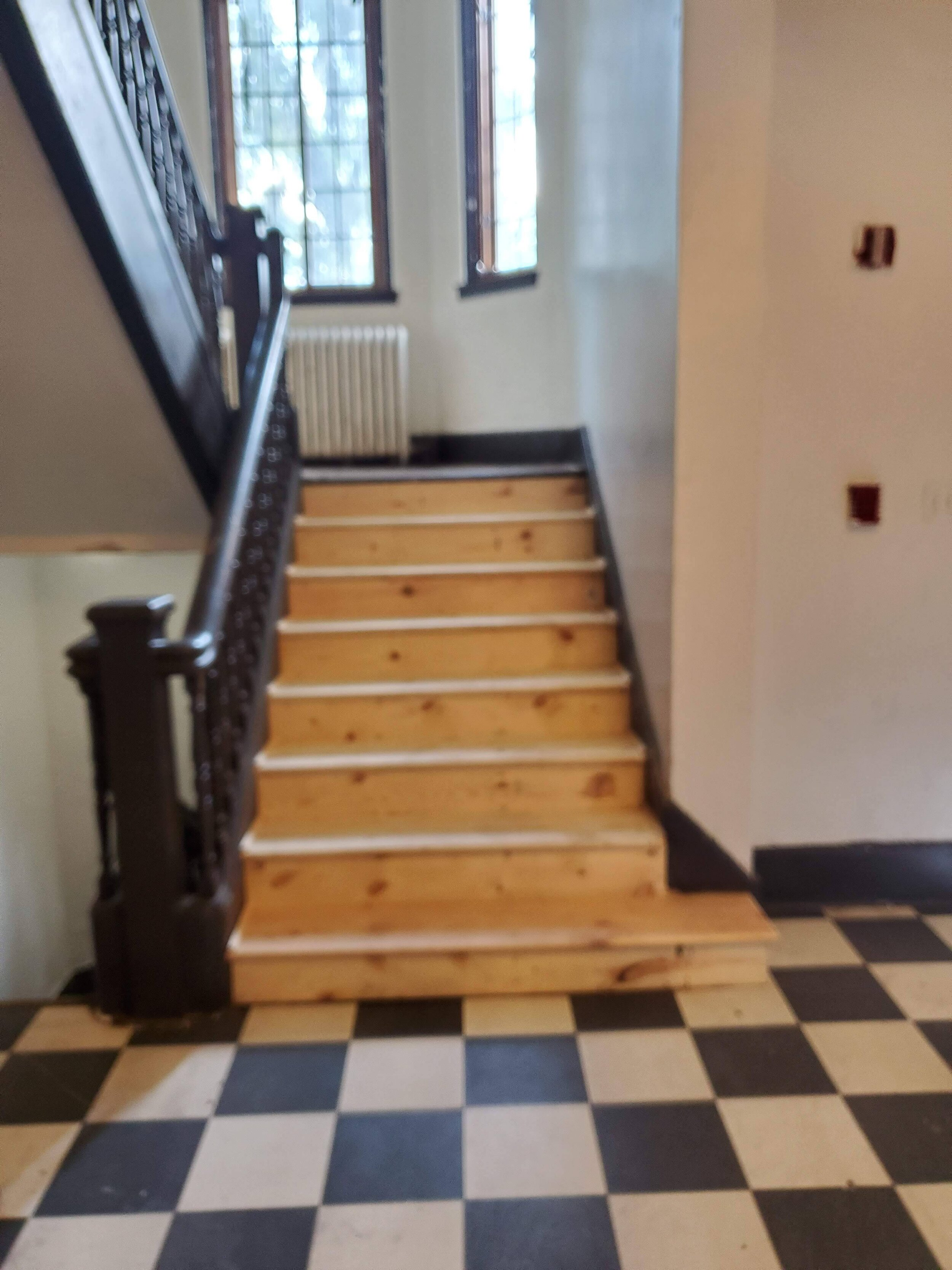 2019 First Floor Front Stair Renovation 20190822_103440.jpg